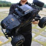 Oversized Four-wheel Drive Remote Control Car High-Speed Climbing Racing Off-road Rechargeable RC Car