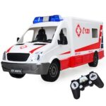 DOUBLE E E670-003 1:18 Simulation Remote Control Toy Ambulance